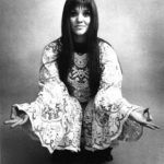 Melanie Safka pictured here in 1971 with what used to be her Grandma's tablecloth.